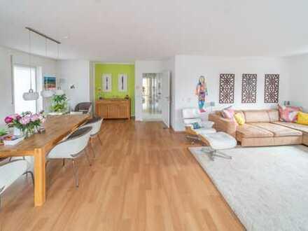 Stilvolle, neuwertige 4-Zimmer-Wohnung mit 3 Balkonen und Einbauküche in Bad Nauheim Kernstadt