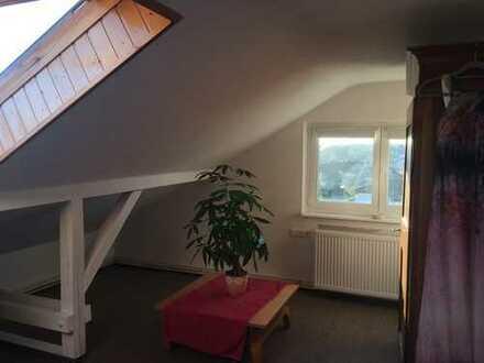 Helle 2 Zimmer-Wohnung in Pforzheims bester Wohnlage (Rodrücken) sucht Nachmieter