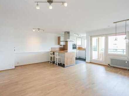 Helle modernisierte 4-Zimmer-Wohnung mit phantastischem Blick in die Rheinebene