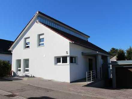 Freistehendes Architektenhaus mit Garage und Abstellplatz im bevorzugten Wohnort Flein