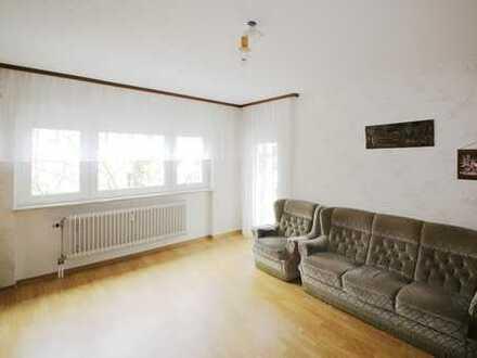 Gemütliche Wohnung mit Loggia und Garage