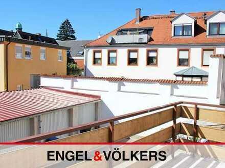 2-Zimmer-Wohnung mit großem Balkon in Altstadtlage!