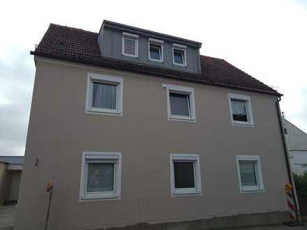Zentral gelegene, modernisierte 4-Zimmer-EG-Mietwohnung in Aichach
