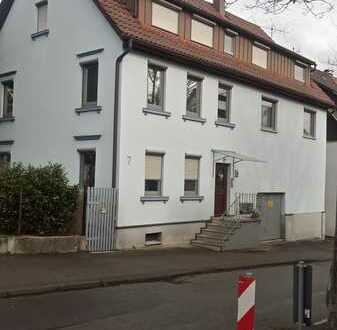 Schöne zwei Zimmer Wohnung in Esslingen (Kreis), Neuhausen auf den Fildern