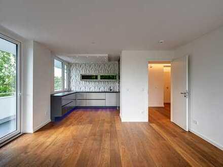 Planegg/München: Lichtdurchflutete, luxussanierte 3 Zi. Wohnung mit Flair - prov.frei vom Eigentümer