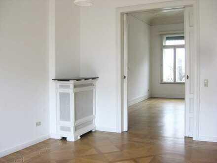 4-Zimmer-Wohnung in Altbremerhaus mit großem Garten