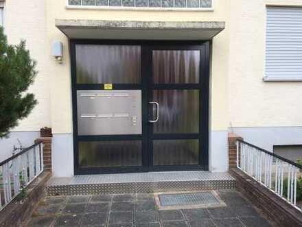 Schöne, frisch renovierte drei Zimmer Wohnung in Rhein-Pfalz-Kreis, Schifferstadt