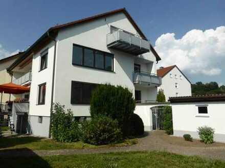 Kapitalanlage / 3,5 Zi. Whg. mit Terrasse, Balkon u. Garten / keine Maklergebühr