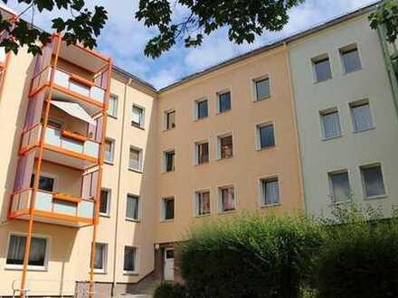 Schick und komplett neu sanierte 3-Raum-Wohnung im zentralen Wasserturmgebiet sucht neue Mieter
