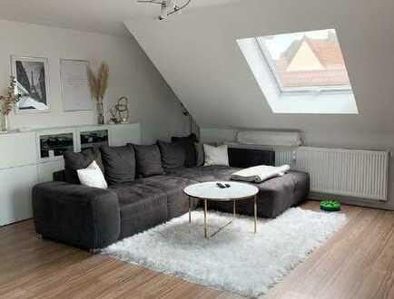 Neuwertige 4,5 Raum-Maisonetten Wohnung mit Balkon