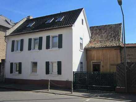 Liebevoll renoviertes Einfamilienhaus im Herzen von Armsheim