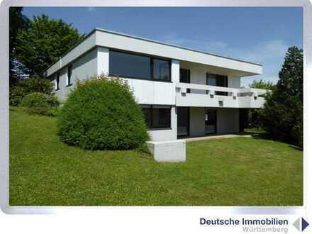 Familienglück: Einfamilienhaus in einzigartiger Lage mit traumhaften Blick in Schönaich- Lindenlauch