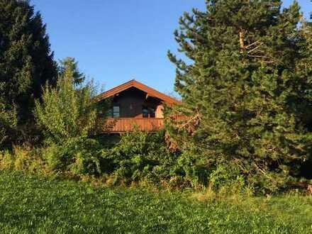 PROVISIONSFREI: Freistehendes Landhaus und Garten mit Bergblick, ideal für die große Familie