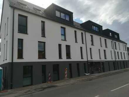 Erstbezug: 2-Zimmer-Wohnung mit EBK und Balkon in Sexau sucht Single