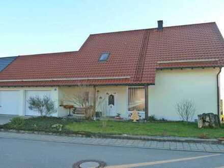 So gut wie NEU - Baujahr 2005 ! Tolles Einfamilienhaus in Forchheim bei Pförring
