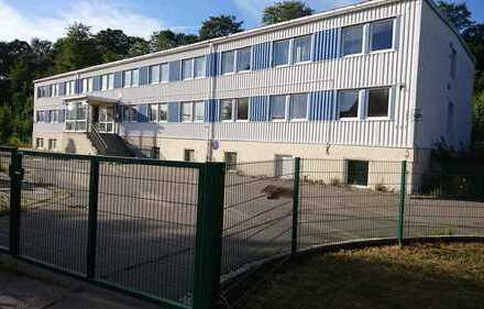 Gewerbeobjekt im Erzgebirgskreis mit ca. 1.300 m² NF zur Pacht