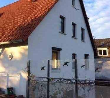 Gartenliebhaber! Helle, sonnige 4-Zi-Wohnung m. EBK, Terrasse, Garten in Altdorf-OT Grünsberg