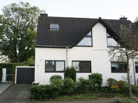 Renoviertes, familienfreundliches Haus in Toplage von E-Bredeney