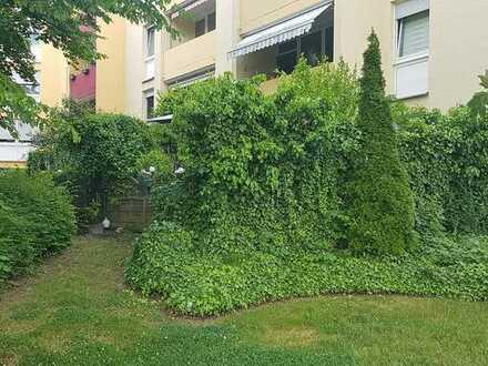 Grüne Oase mitten in Mannheim - 5 Zimmer Terrassenwohnung mit Garten - ruhig und doch zentral - ide