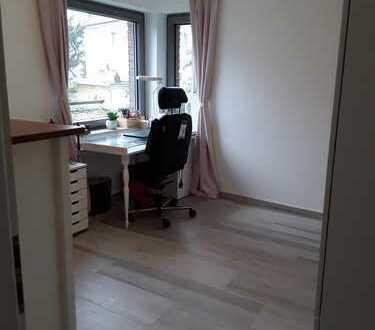 Helles WG-Zimmer in wunderschöner Wohnung – zentral in Elberfeld/ Uni (Einzugstermin flexibel), geho