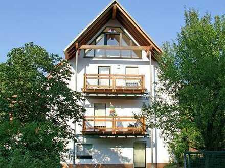 POCHERT IMMOBILIEN - Sehr schöne 3-Zimmer-Wohnung mit Balkon in Kaiserslautern-Siegelbach