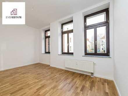 Provisionsfrei und frisch renoviert: Charmante 2-Zimmer-Altbauwohnung