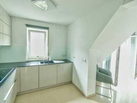 Exklusive 2,5-Zimmer-Maisonette-Wohnung mit Balkon und Markeneinbauküche im Altstadtpark Bad Urach