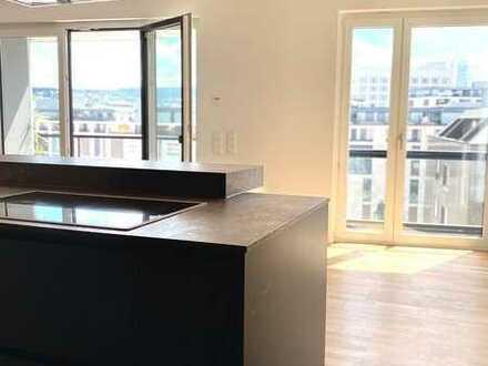 stilvolle 5-Zimmer Neubauwohnung mit Einbauküche und großer Terrasse