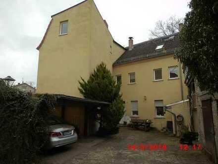 Mehrfamilienhaus in ruhiger Lage im Stadtteil Plaue.