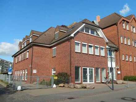 Dr. Lehner Immobilien NB -  Attraktives Ladengeschäft in gepflegtem Stadtteilzentrum zu vermieten