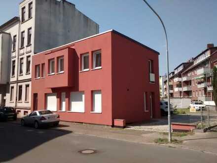 Erstbezug nach Sanierung: schöne 2-Zimmer-Erdgeschosswohnung mit EBK in Wilhelmshaven