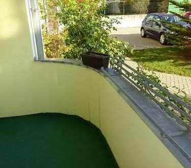 Angenehmes ruhiges Wohnen im Stadtteil West - Toll helle Wohnung mit Balkon
