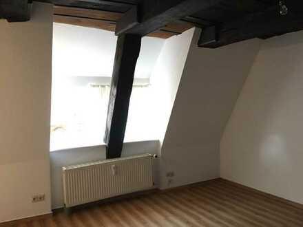 gemütliche Altbauwohnung über den Dächern Lüneburgs mit Dielenboden in der City