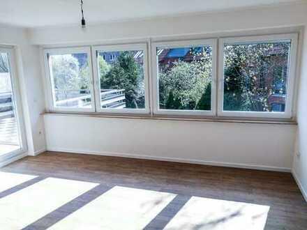 Erstbezug nach Sanierung mit EBK und Balkon: exklusive 3-Zimmer-Wohnung in Hannover