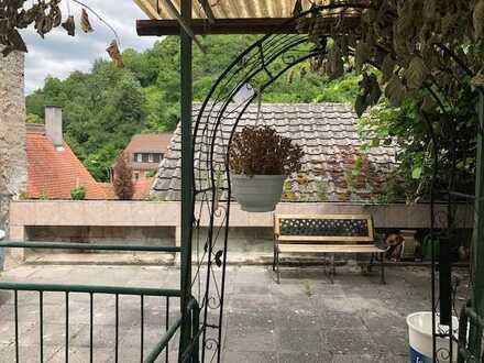 Leben in der Heppenheimer Altstadt*Einfamilienhaus mit Nebengebäude und Scheune