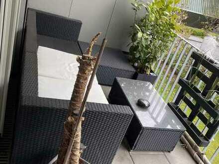 Gepflegte Wohnung mit 2 Zimmern sowie Balkon und Einbauküche in Pfullingen