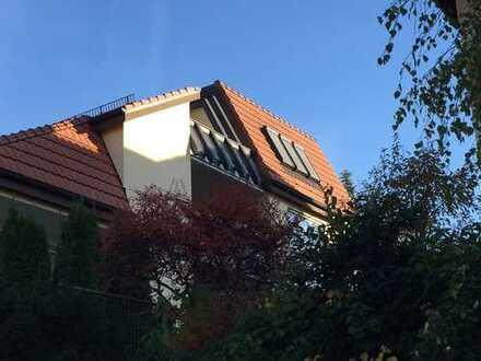 Top 2-Zimmer Balkon EBK TLB TG S-Bahn Weitblick Weinberge (vermietet für 607,50 KM Staffelmiete)