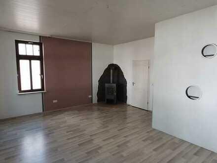 2-Raum-Erdgeschosswohnung mit Einbauküche in Biebesheim
