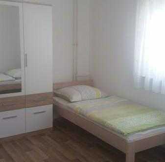 Zimmer für 2 Personen in Stuttgart Stammheim zu vermieten