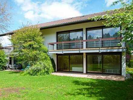 Gepflegtes 5-Familien-Haus * ruhige, gute Lage * Sauna * 3 Garagen