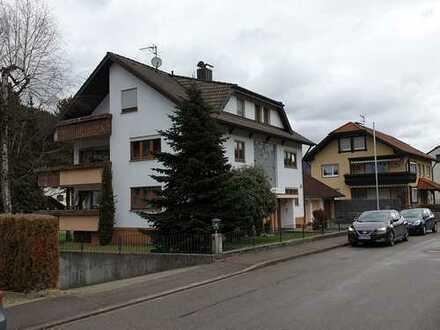 +++ RESERVIERT +++ Drei Parteien Haus zur Kapitalanlage in rughiger Lage in Gutach