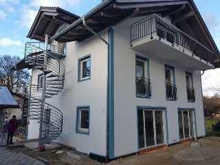 Erstbezug: Haus mit 7 Zimmern Bad Endorf (Kreis: Rosenheim)