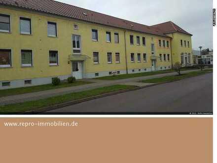 renovierungsbedürftige Wohnung mit gutem Grundriss in guter Lage