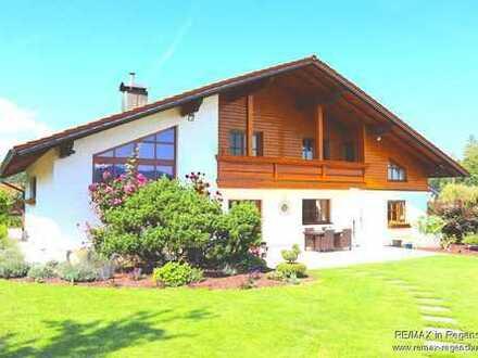 Beeindruckendes Landhaus in paradiesischer Randlage!