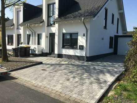 Doppelhaushälfte in Hennef (Sieg)