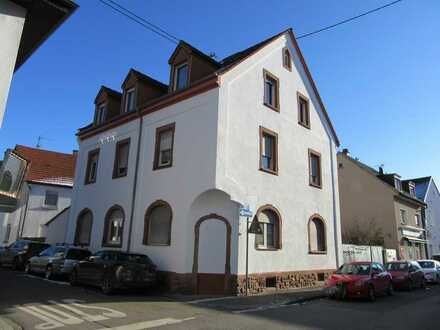 **Mehrfamilienhaus in bevorzugter Lage - Mannheim Wallstadt**