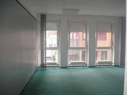 *Die Lage zählt* Ihre moderne Büroetage in zentraler Stadtlage (Fußgängerzone) mit Aufzug