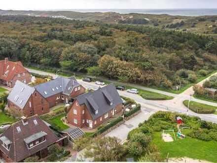 Großes Einzelhaus mit Ferienappartments in ruhiger Lage von Westerland am Strandübergang