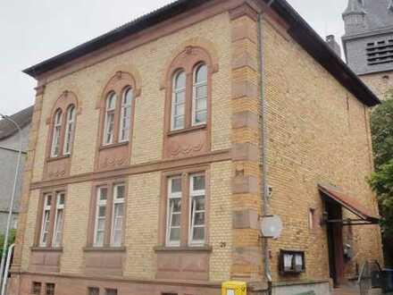Zentral gelegenes Kulturdenkmal in Nieder-Klingen