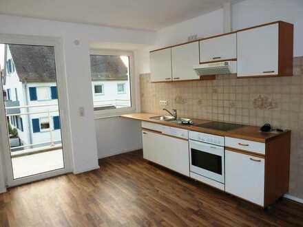 Renovierte, grosszügige 4-Zimmerwohnung in einem MFH von Altshausen.